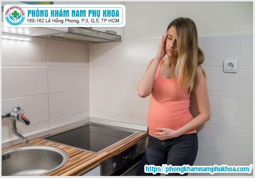 dau-nhuc-vung-kin-khi-mang-thai