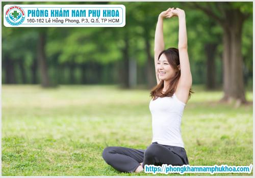Tập thể dục nhẹ nhàng sau khi Hút điều hòa kinh nguyệt