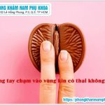 Nhỡ Dùng Tay Chạm Vào Vùng Kín Có Thai Không