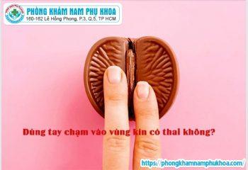 dung-tay-cham-vao-vung-kin-co-thai-khong